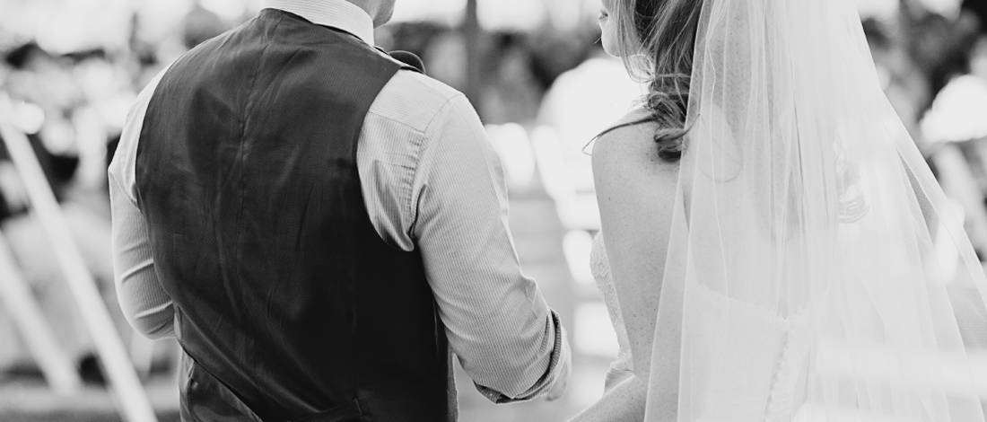 結婚式の司会イメージ